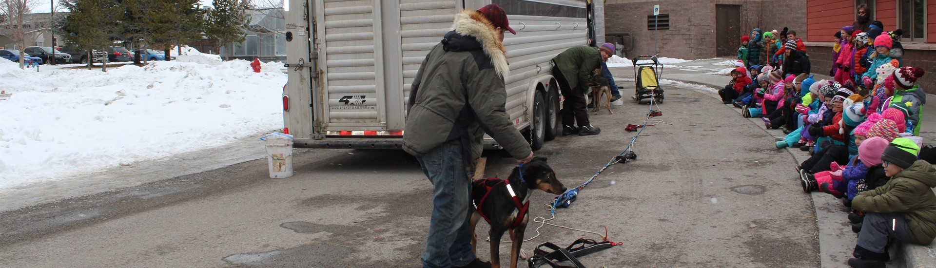 Pedigree Stage Stop mushers and dogs visit JES